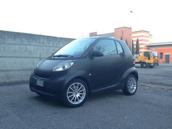 Car wrapping Smart colore nero opaco